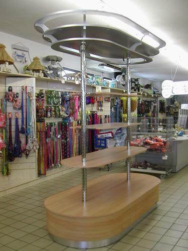 Arredamento negozi pet shop a pisa livorno toscana for Negozi di arredamento toscana