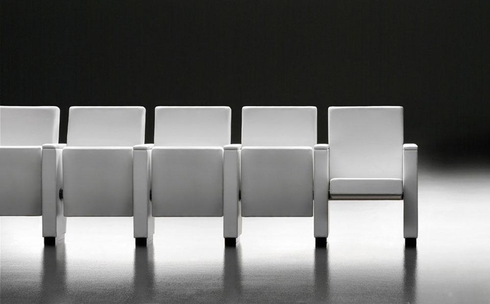 Sedie auditorium domino toscana belardi arredamenti for Domino arredamenti