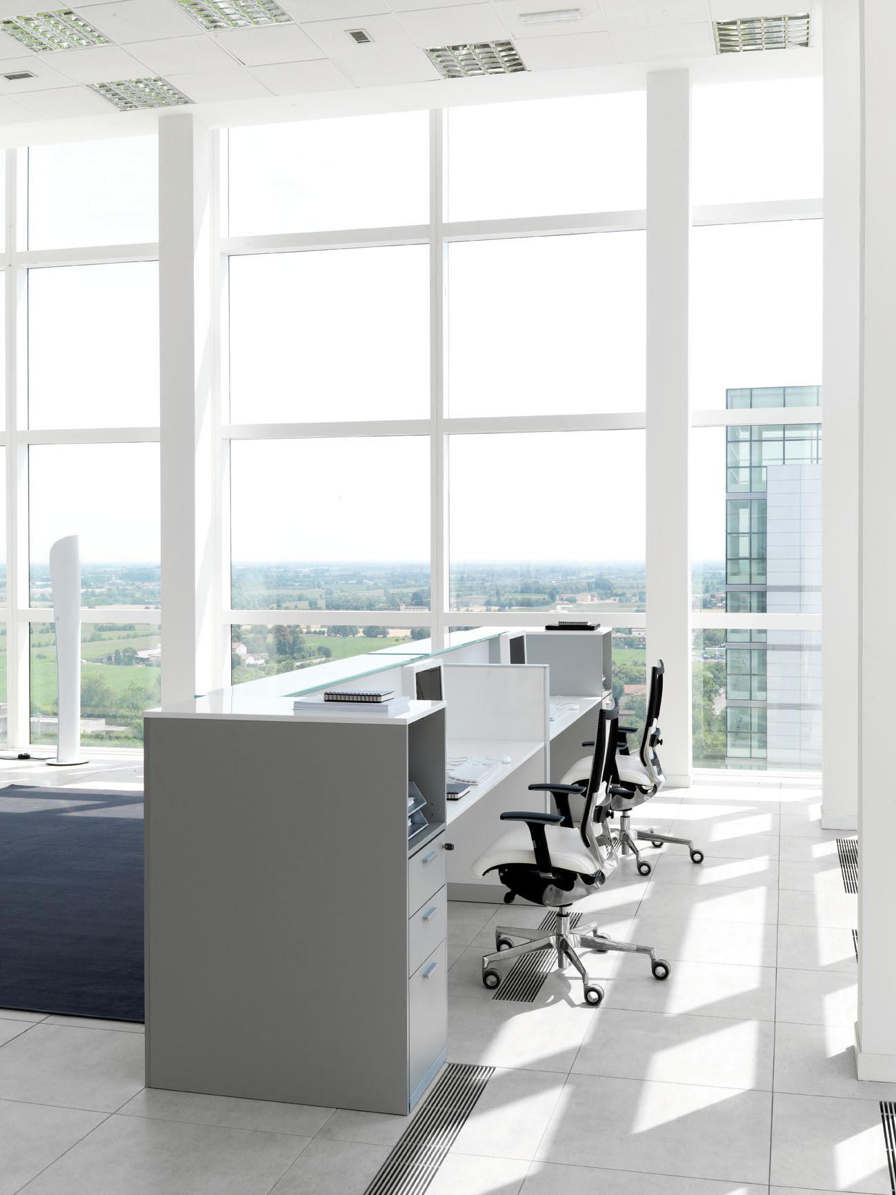Led toscana reception da ufficio belardi arredamenti for Mobile reception ufficio