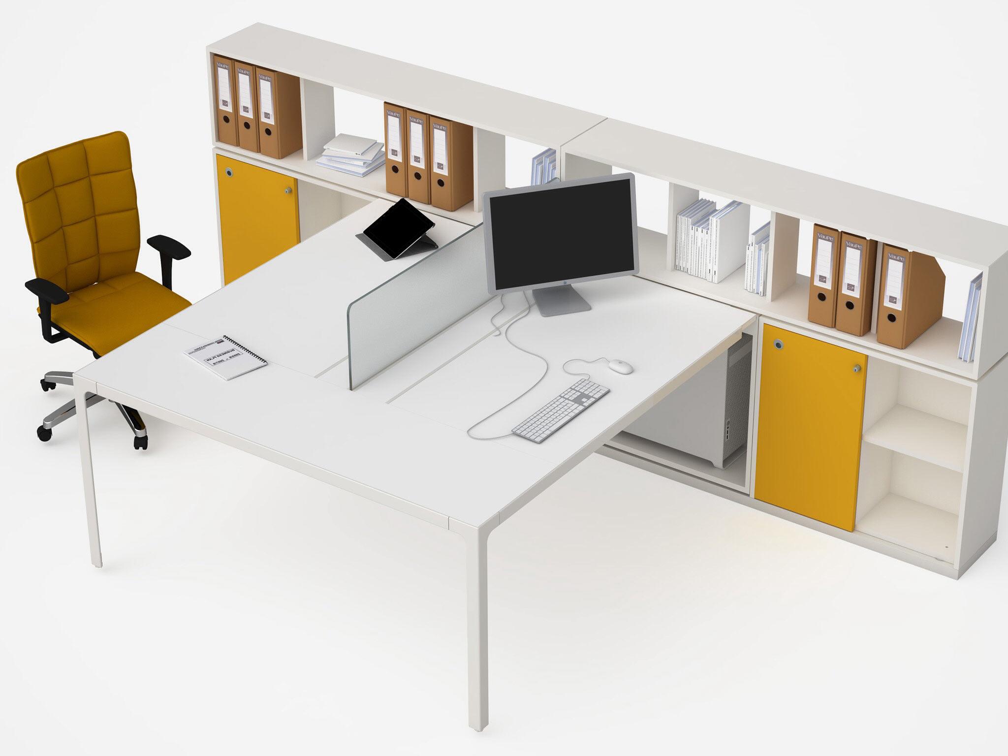 Eclettico More Toscana: tavolo da ufficio. Belardi Arredamenti.