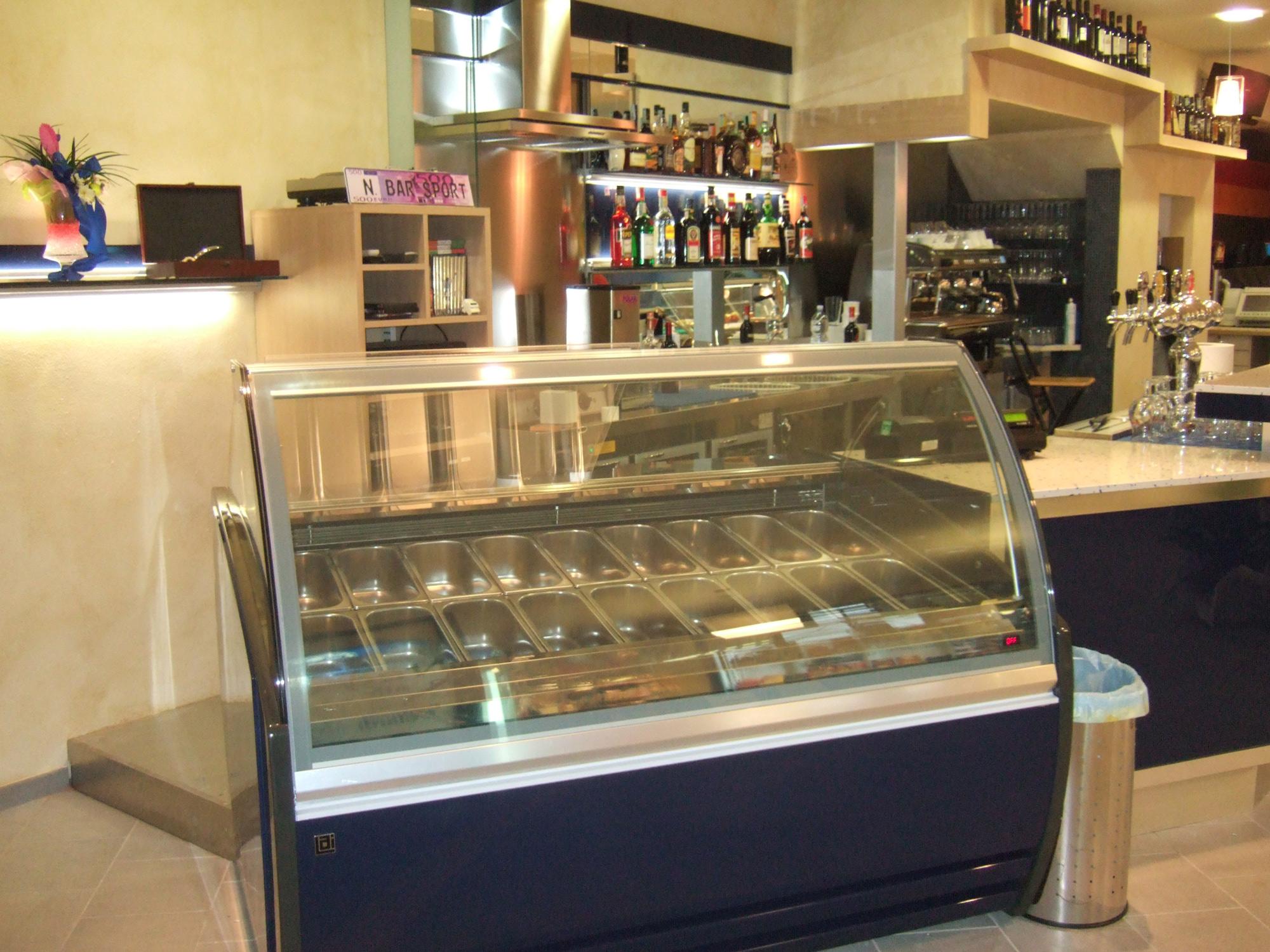 Arredamento ikea per bar arredamento bar moderno arredo for Arredamento toscana