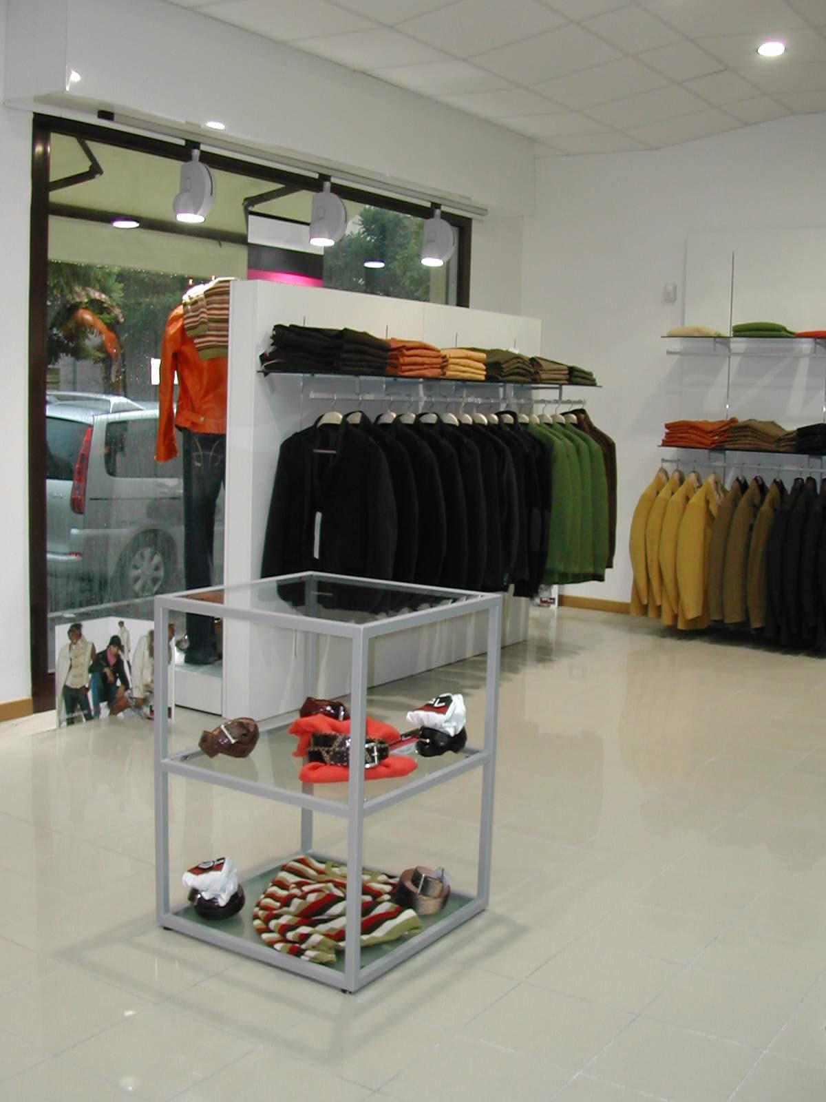 negozi arredamento toscana ~ gitsupport for . - Arredamento Negozi Abbigliamento Toscana
