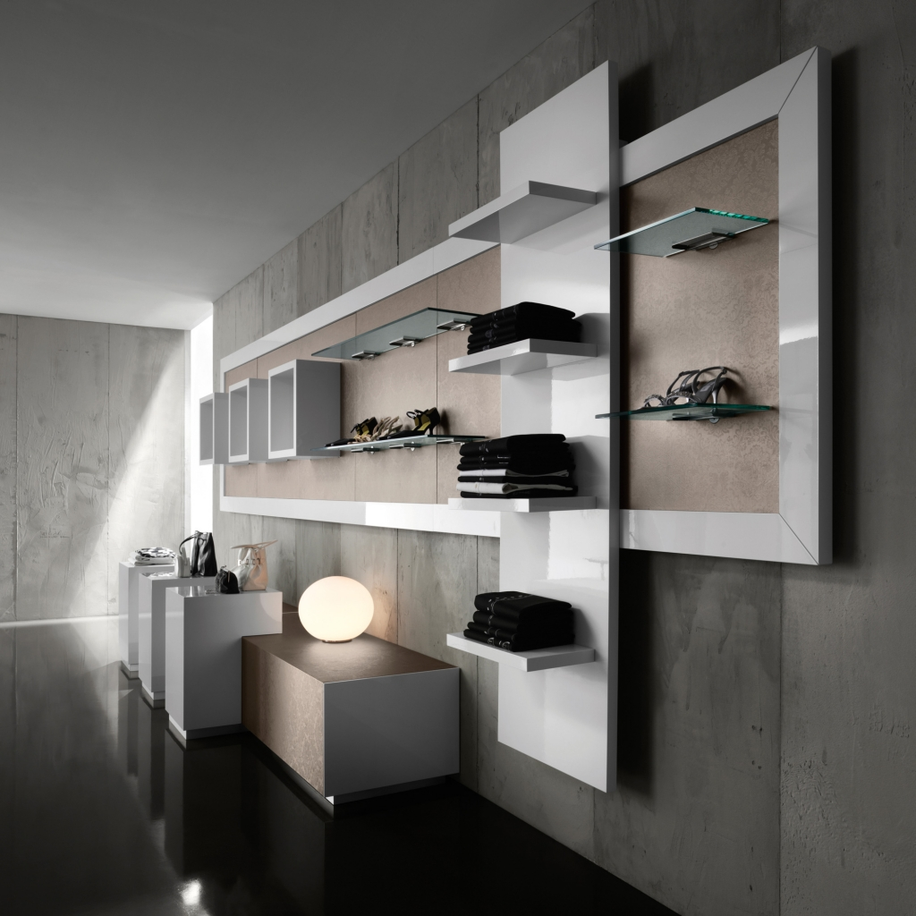Arredamento per negozi di abbigliamento toscana belardi for Negozi design