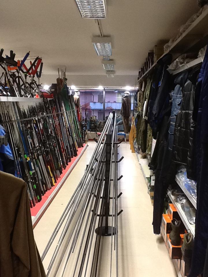 Arredamento per negozi di caccia e pesca toscana belardi for Negozi d arredamento